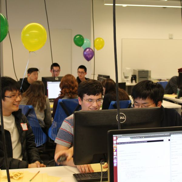 2018 high school programming contest in progress