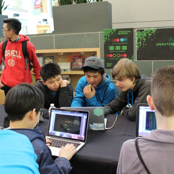 kids playing video games at BOOM